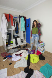 Declutter Your Closet to Make it Look Bigger for Your Open House